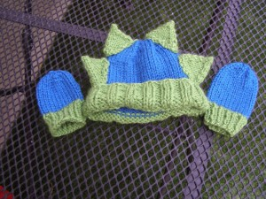 Off My Needles: Dinosaur Hat and Mittens