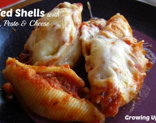 Stuffed Shells with Sausage, Pesto and Cheese