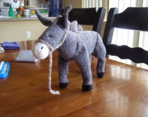 Off My Needles: Nativity Animals