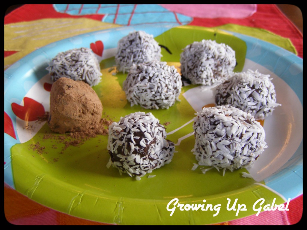 Homemade Chocolate Truffle Recipe | Growing Up Gabel @thegabels