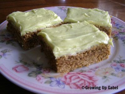 Buttercream Frosting ~ Growing Up Gabel