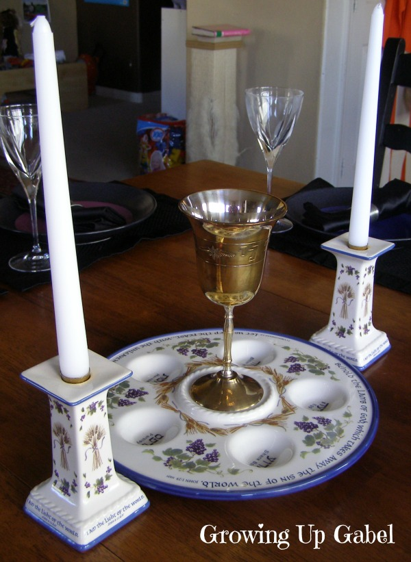 Passover Seder from growingupgabel.com @thegabels #Passover