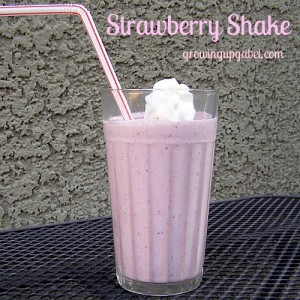 3 Ingredient Strawberry Shake