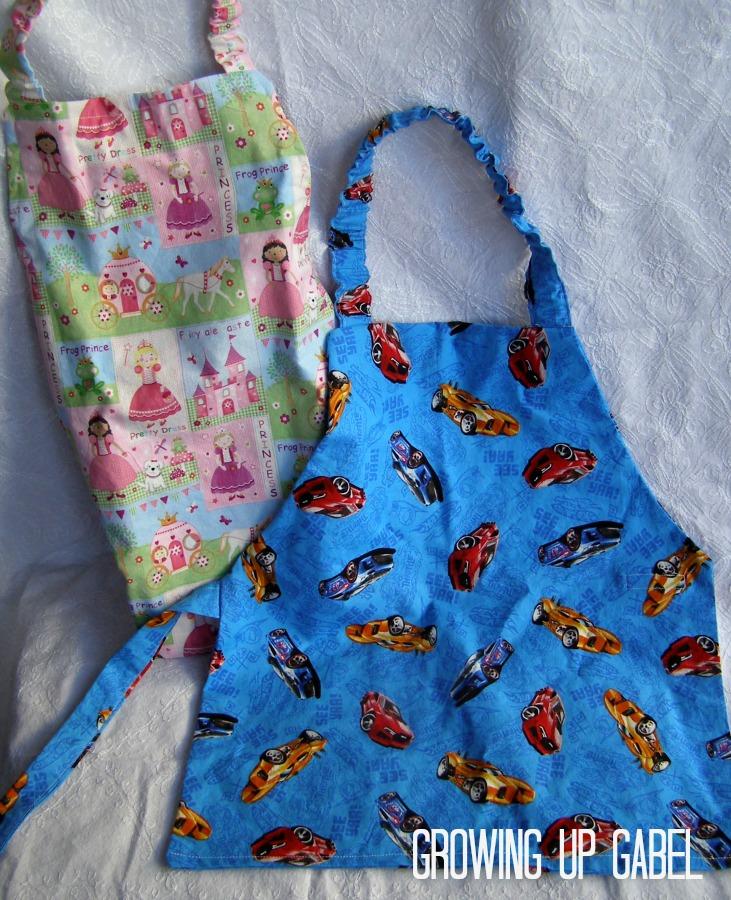 Handmade Christmas Gifts: Child Apron