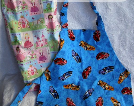 Handmade Christmas Gifts:Child Apron