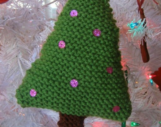 Handmade Christmas: Knit Christmas Ornaments