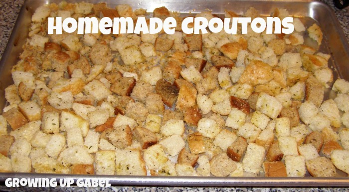 Homemade Croutons - Growing Up Gabel @thegabels