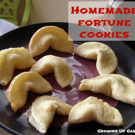 Fortune Cookies from growingupgabel.com @thegabels #recipe