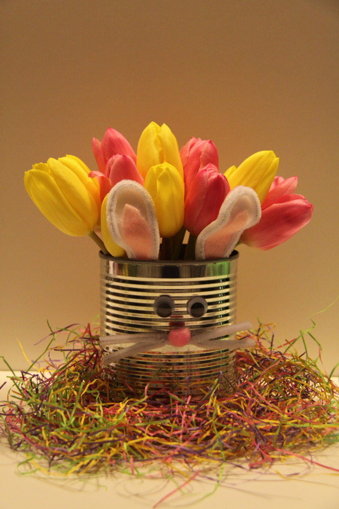 Tulip easter bunny tin