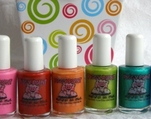 Water Nail Polish for Little Girls: Piggy Paint