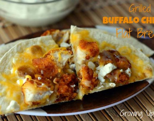 Tailgating with Grilled Buffalo Chicken Flatbread