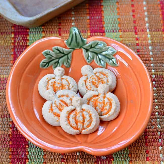 pumpkin-spiced-cookies