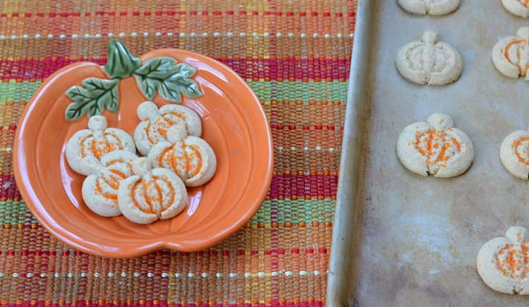 spritz-pumpkin-cookies-slider