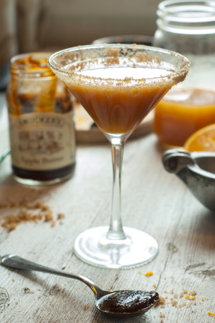 apple-bourbon-cocktail-425x640