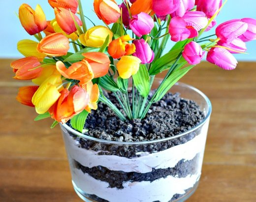 How to Make a Dirt Cake Centerpiece
