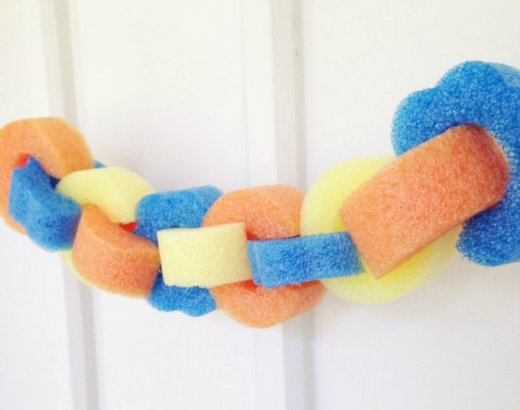 Pool Noodle Garland – An Easy Pool Party Decoration