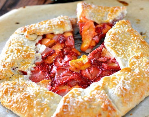 Easy Strawberry Peach Crostata Recipe