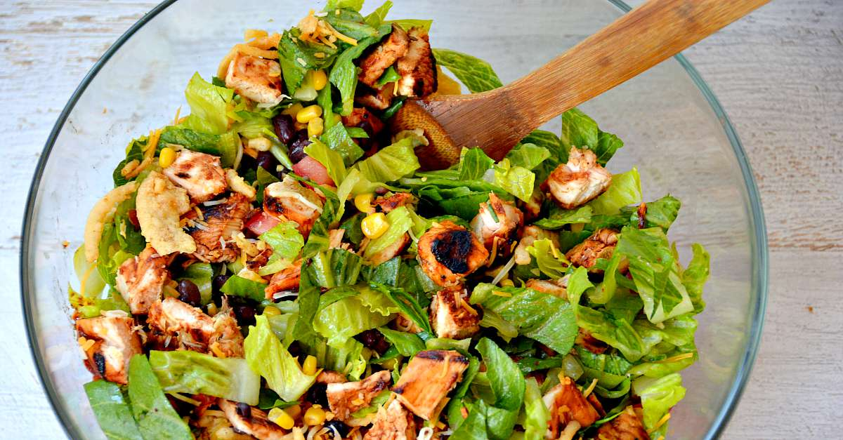Chopped bbq chicken salad recipe for Easy salad ideas for bbq