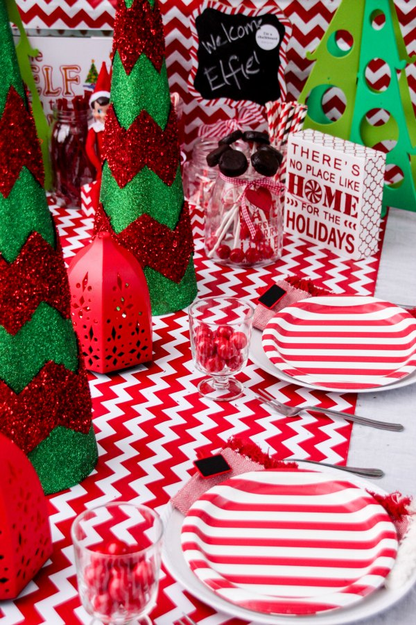 Elf on the Shelf table setting