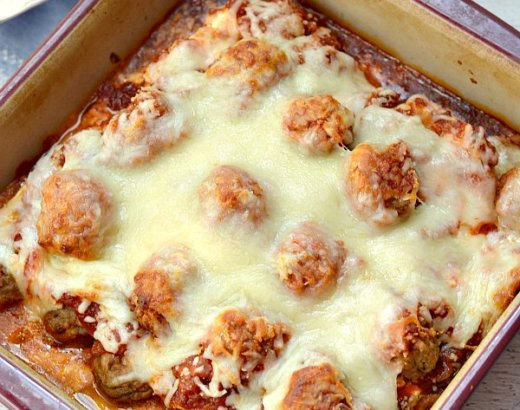 Quick and Easy Lasagna Recipe with Frozen Meatballs