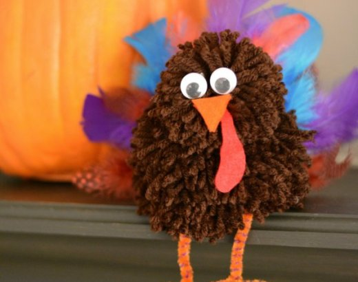 Turkey Pom Pom Thanksgiving Craft