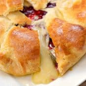 Cranberry and Brie Baked Cheese Appetizer Recipe