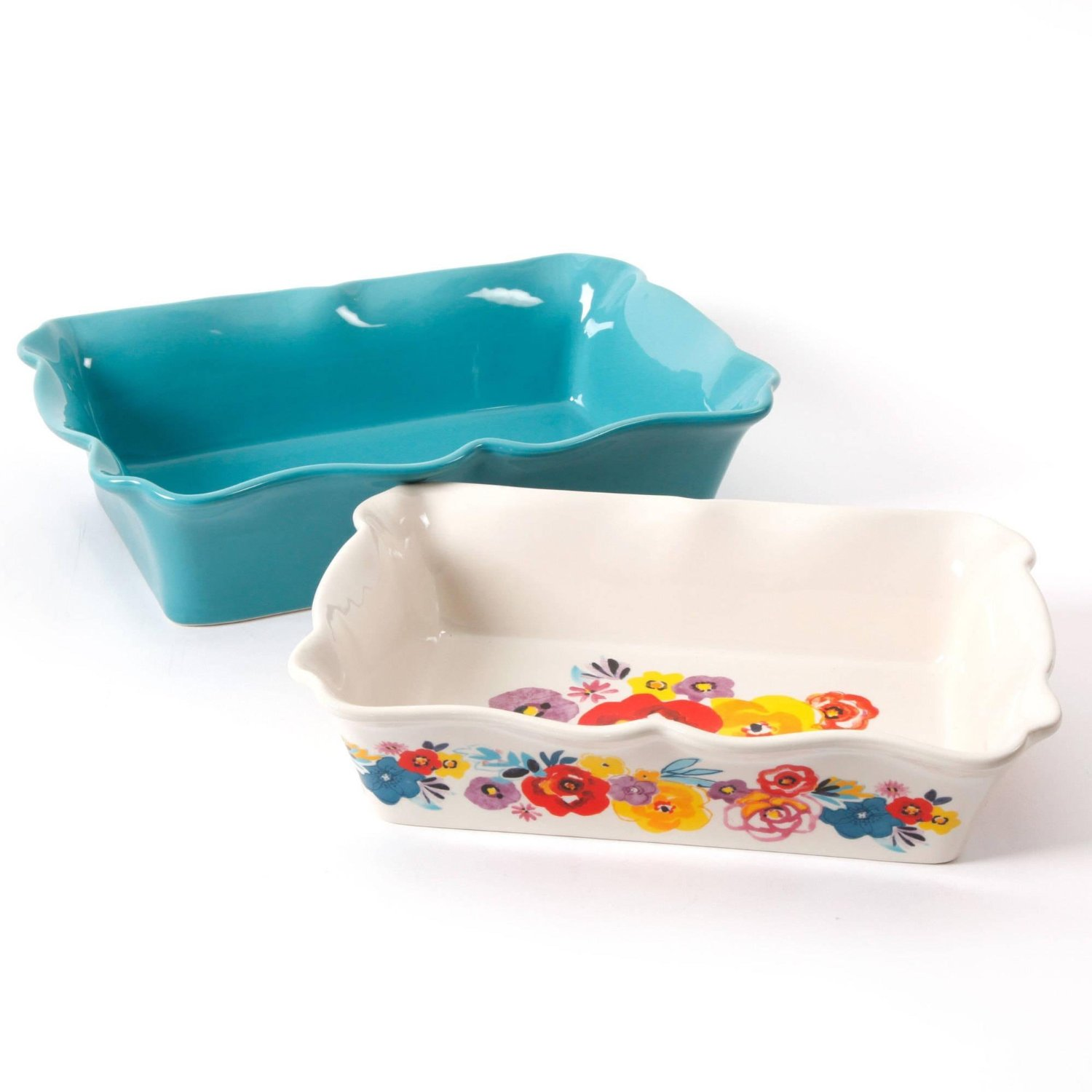 10+ Beautiful Casserole Pans to Feast your Eyes On| www.growingupgabel.com