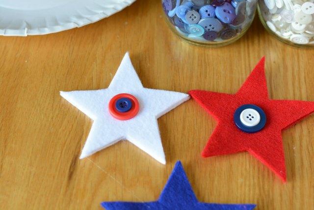 Buttons and Felt Stars