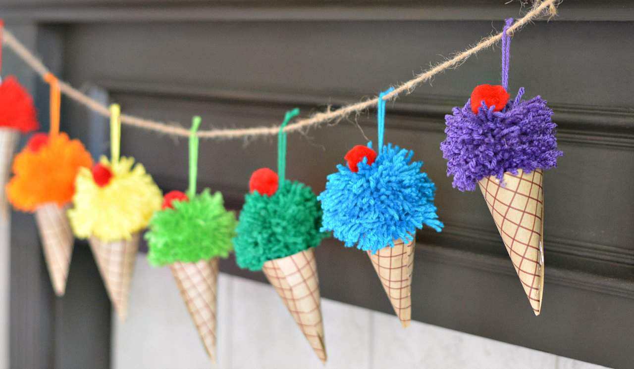 Ice cream garland is easy to make with just yarn and paper for a birthday or summer decoration.