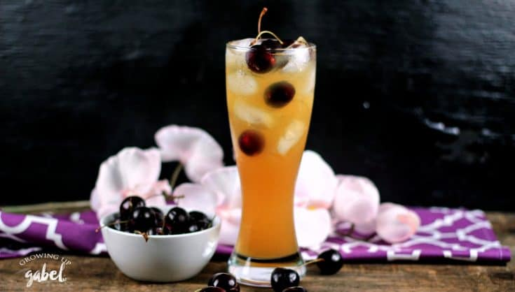 Black Cherry Lemonade Cocktail