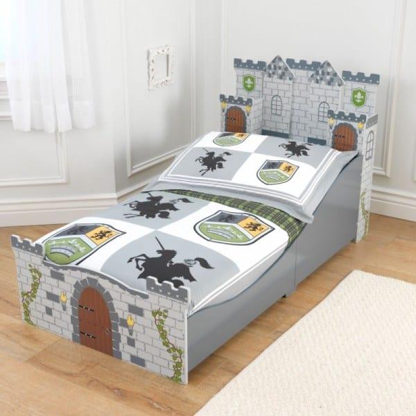 Castle bed