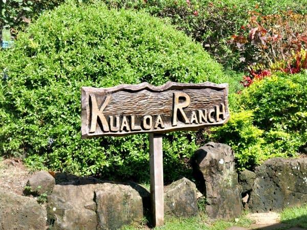 kualoa-ranch-sign