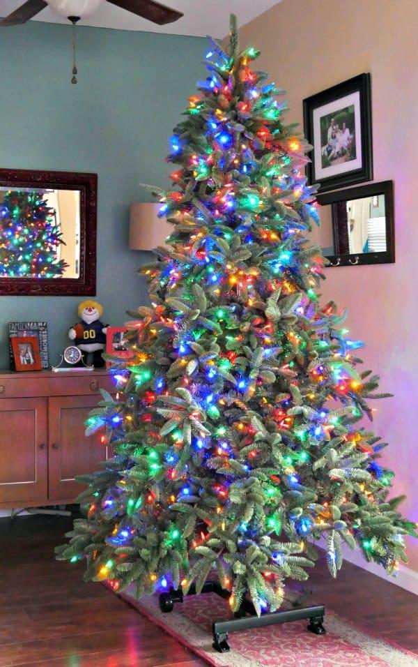 led-lighted-christmas-tree