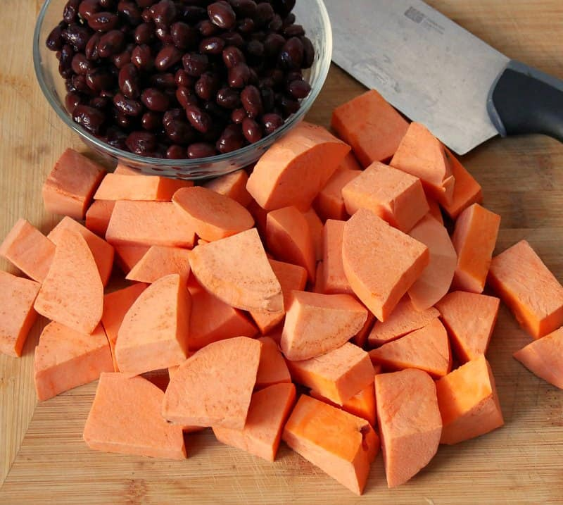 black-beans-and-sweet-potato-chili
