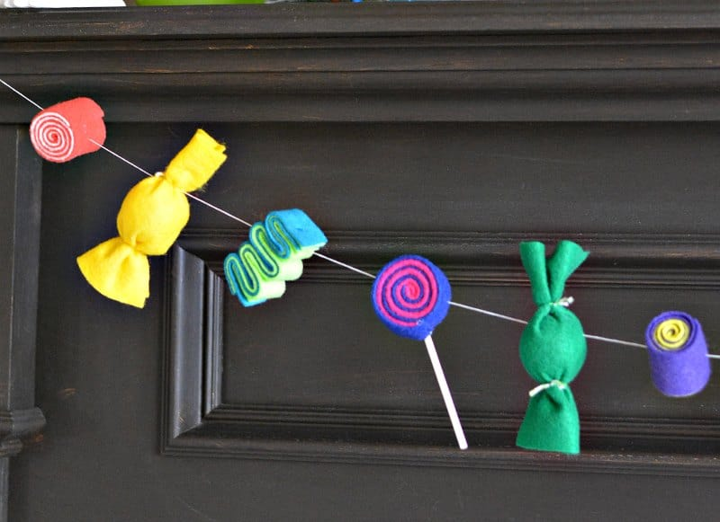 felt-candy-decorations