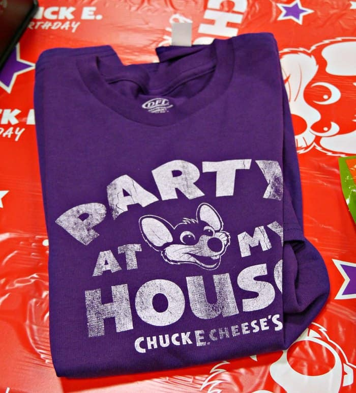 Highlights for Chuck E Cheese. When you're a kid, there's nothing more exciting than playing games, winning prizes, diving into the ball pit and meeting an especially friendly mouse and all his friends.