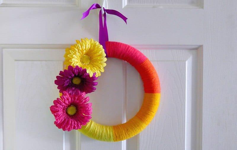 Colorful Yarn Wreath with Self Striping Yarn