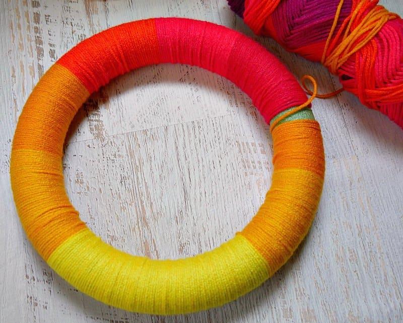 Self striping worsted yarn on a yarn wreath