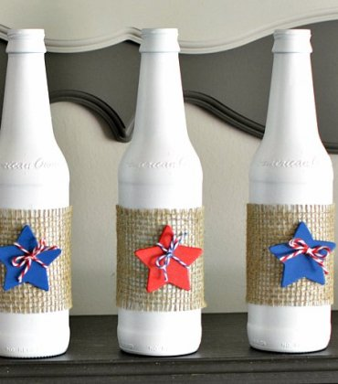 Easy DIY Patriotic Upcycle Bottles Decoration