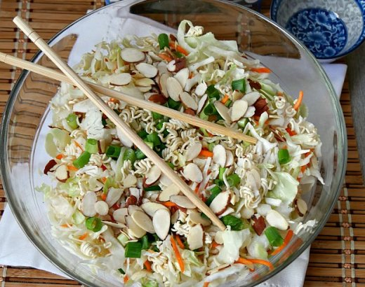 Easy 5 Minute Oriental Salad Recipe