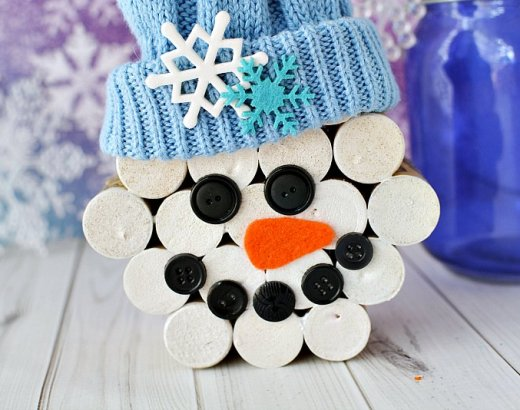 DIY Wine Cork Snowman Crafts
