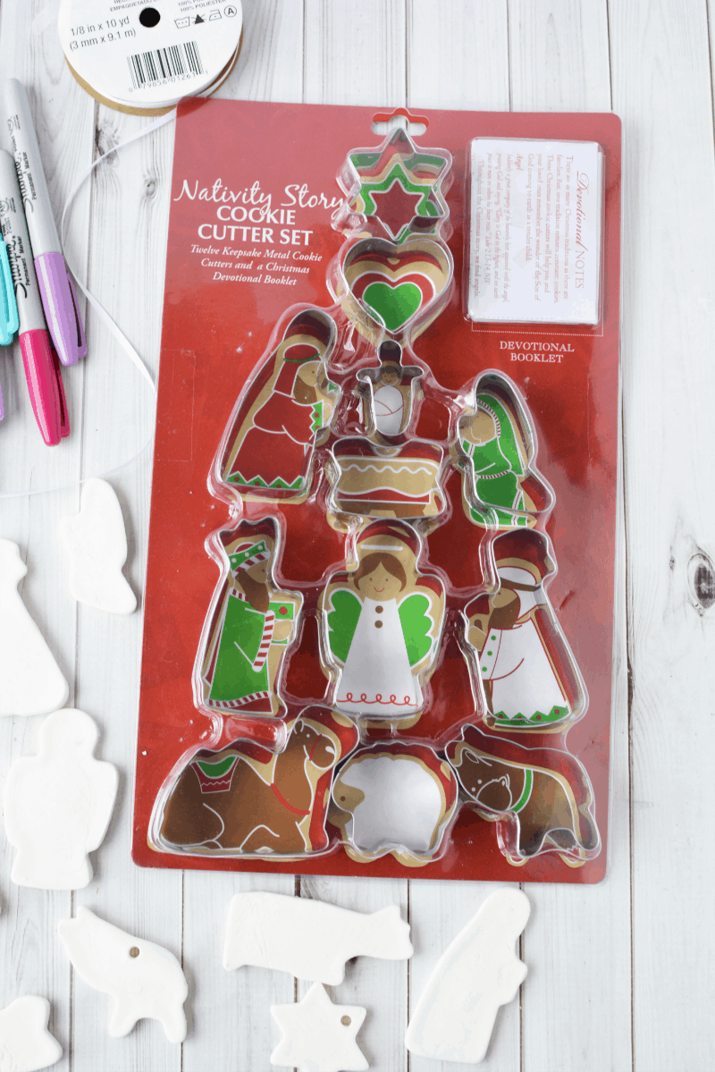 DIY Nativity Christmas Ornament Crafts For Kids And Adults - 9 diy white clay christmas ornaments to try