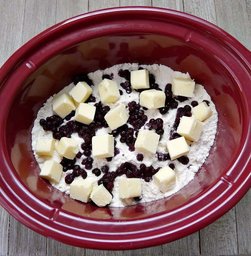Easy Blueberry Cobbler With Cake Mix In Crock Pot