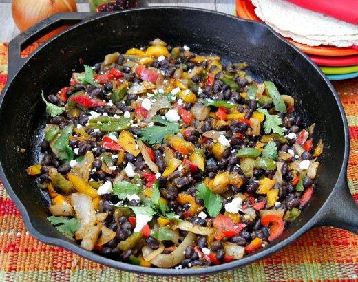 Skillet Black Bean Vegetarian Fajitas