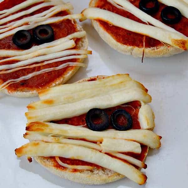 Yummy Mummy Mini Pizza Recipe