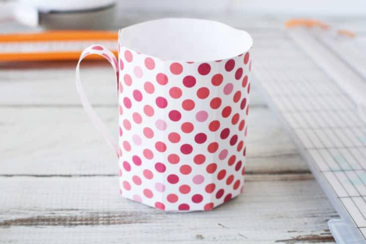How to Make a Paper Mug
