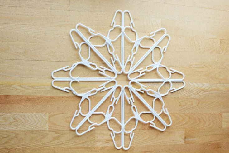 DIY Hanger Snowflake with Lights